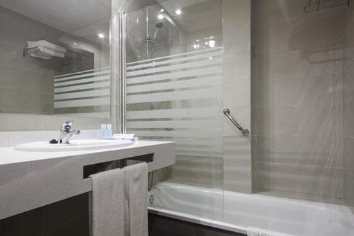Hotel Best Siroco - Málaga - Bathroom