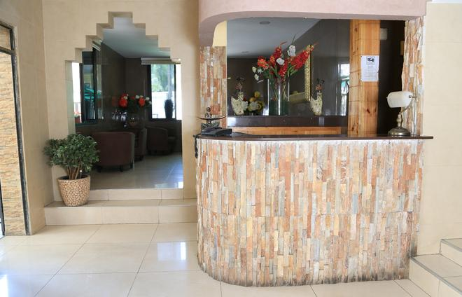 Hotel Du Plateau - Dakar - Front desk