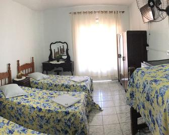 Hotel Pousada Alvorada - Brotas - Schlafzimmer