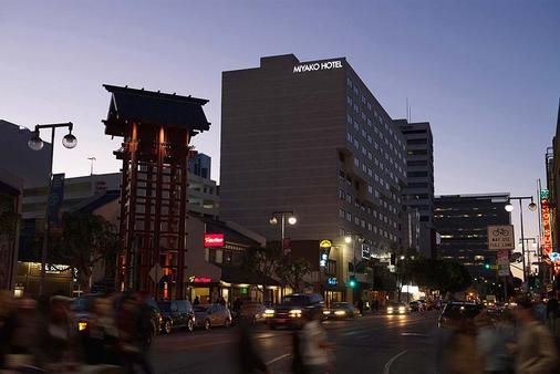 洛杉磯宮古飯店 - 洛杉磯 - 建築