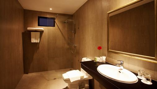Nova Park - Trung tâm Pattaya - Phòng tắm