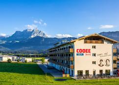 COOEE alpin Hotel Kitzbüheler Alpen - St. Johann in Tirol - Building