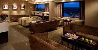 Delta Hotels by Marriott Calgary Downtown - קלגרי - טרקלין