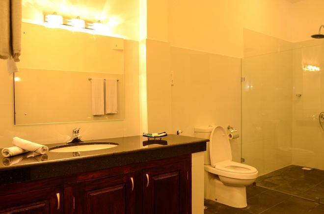 Marina Beach Passikudah - Kalkudah - Bathroom