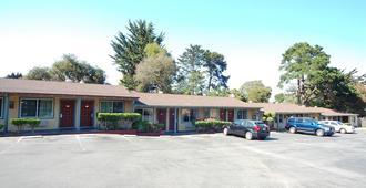 Monterey Surf Inn - Monterey - Bina