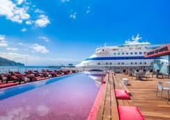 佩斯塔納 CR7 沙爾酒店 - 芳夏爾 - 豐沙爾 - 游泳池