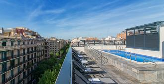 Sunotel Club Central - Barcelona - Bể bơi