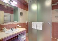 Izmailovo Alfa Hotel - Moscow (Matxcơva) - Phòng tắm