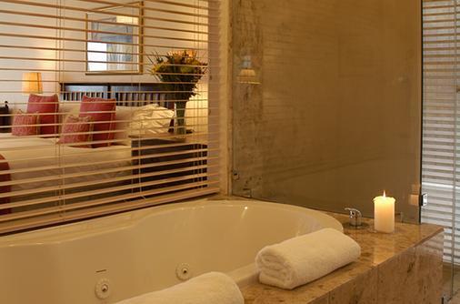 The Sands @ St Francis - Saint Francis Bay - Bathroom