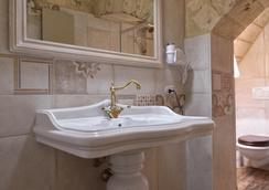 MASSERIA CONTI FILO - Altamura - Bathroom