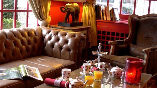 德雷亞酒店-餐廳和Spa中心魅力 - 翁弗勒爾 - 大廳