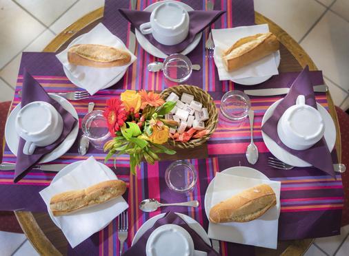 Agate Hotel - Paris - Food
