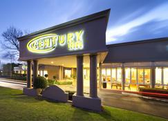 Century Inn - Traralgon - Building
