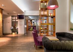 Ambassadors Bloomsbury - Λονδίνο - Σαλόνι ξενοδοχείου