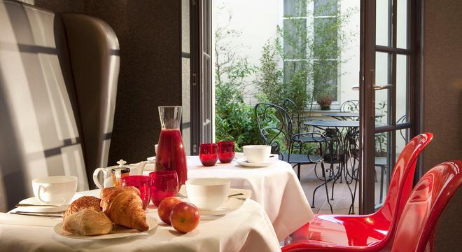 Hotel Le Petit Paris - Paris - Buffet