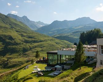 Arosa Kulm Hotel and Alpin Spa - Arosa - Building