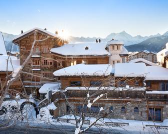 Hostellerie Du Pas De L'ours Relais Et Chateaux - Crans-Montana - Κτίριο