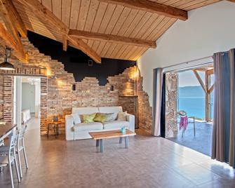Domaine Arcobiato - Olmeto - Living room