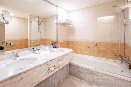 Occidental Sharjah Grand - Sharja - Bagno