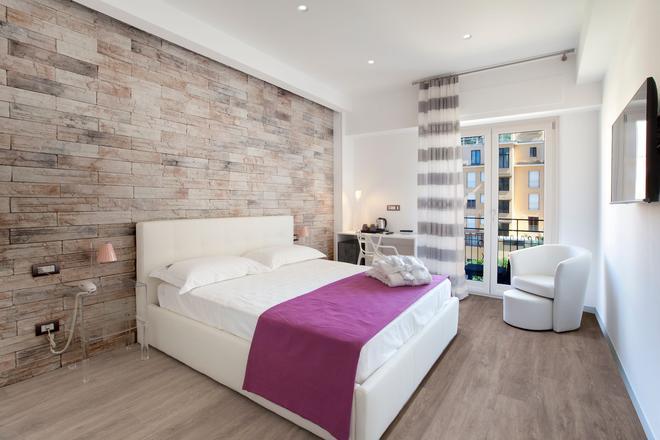 Vhome - Sorrento - Bedroom