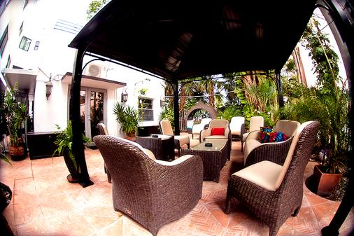 Hotel Pierre - Miami Beach - Patio