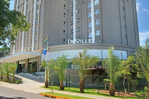 大格蘭迪德維爾總理酒店 - 格蘭德營 - 大坎普 - 建築