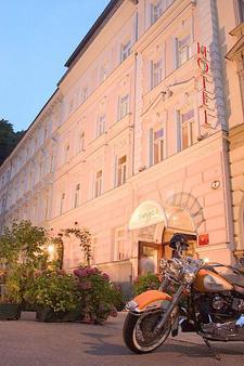 Wolf-Dietrich Altstadthotel & Residenz - Salzburg - Toà nhà