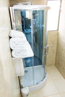 Hotel Americano - Arica - Banheiro