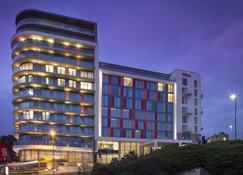 Hilton Bournemouth - Bournemouth - Building