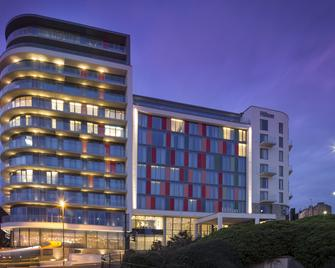 Hilton Bournemouth - Bournemouth - Building
