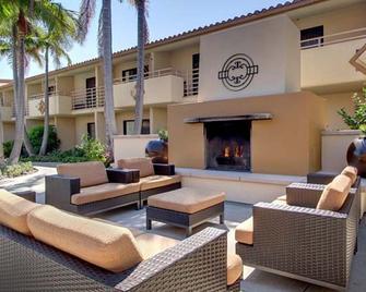 Courtyard by Marriott San Diego Del Mar/Solana Beach - Solana Beach - Innenhof