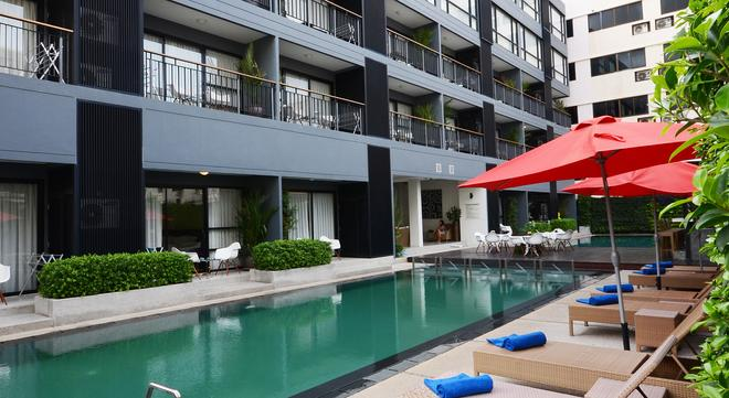 The Lantern Resorts Patong - Patong - Pool