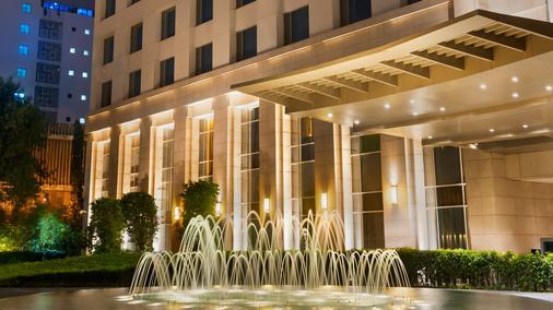 Park Hyatt Chennai - Chennai - Building