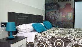 Bed&breakfast 10 Girona - Gérone - Chambre