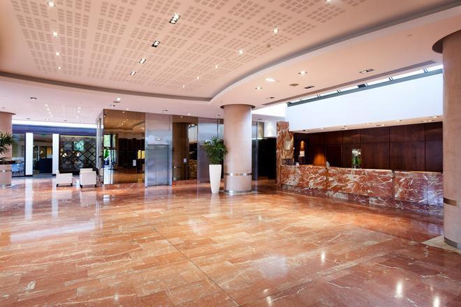 Hilton Strasbourg - Estrasburgo - Lobby