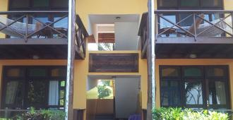Mnarani Beach Cottages - Nungwi - Edificio