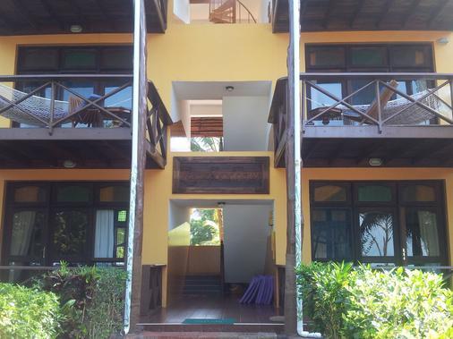 Mnarani Beach Cottages - Нунгви - Здание