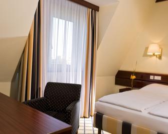 Relexa Hotel Stuttgarter Hof Berlin - Berlin - Yatak Odası