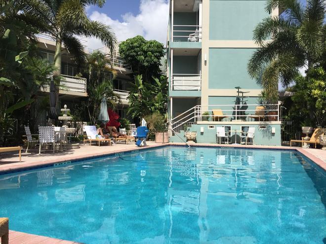 曼克頓塔公寓酒店 - 羅德岱堡 - 勞德代爾堡 - 游泳池