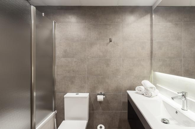 皮瑪律酒店 - 布拉內斯 - 布拉內斯 - 浴室