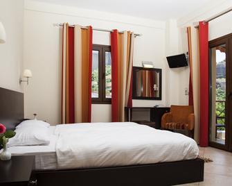 Meteoritis Hotel - Каламбака - Bedroom