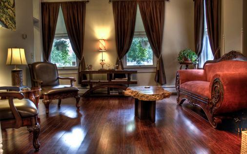 Queen Anne Bed And Breakfast - Denver - Wohnzimmer