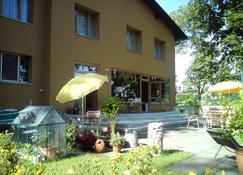 Hotel Garni - Appartements Fuksas - Bad Gleichenberg - Building