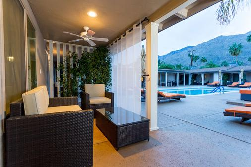 Little Paradise Hotel - Palm Springs - Patio