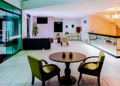 Holiday Hotel Picos - Picos - Lobby