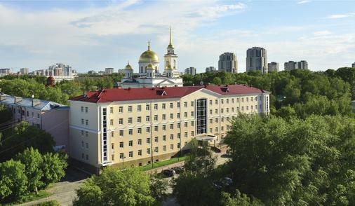 Green Park Hotel - Yekaterinburg - Building