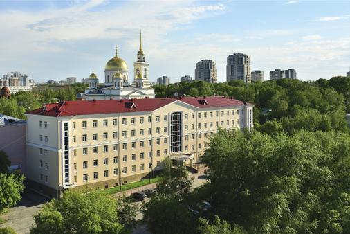 綠色公園酒店 - 葉卡捷琳堡 - 葉卡捷琳堡 - 建築