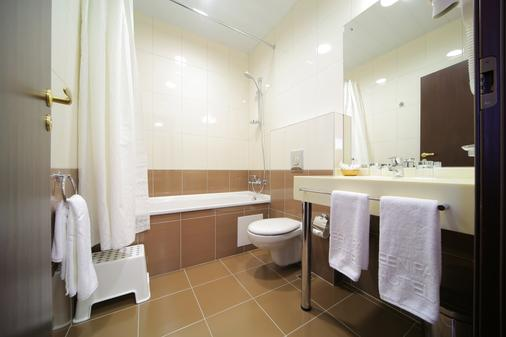 Green Park Hotel - Yekaterinburg - Bathroom