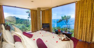 Issimo Suites Boutique Hotel & Spa - Adults Only - מנואל אנטוניו - חדר שינה