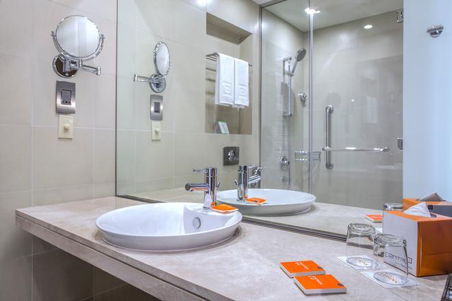 Centro Capital Centre - Abu Dhabi - Bathroom